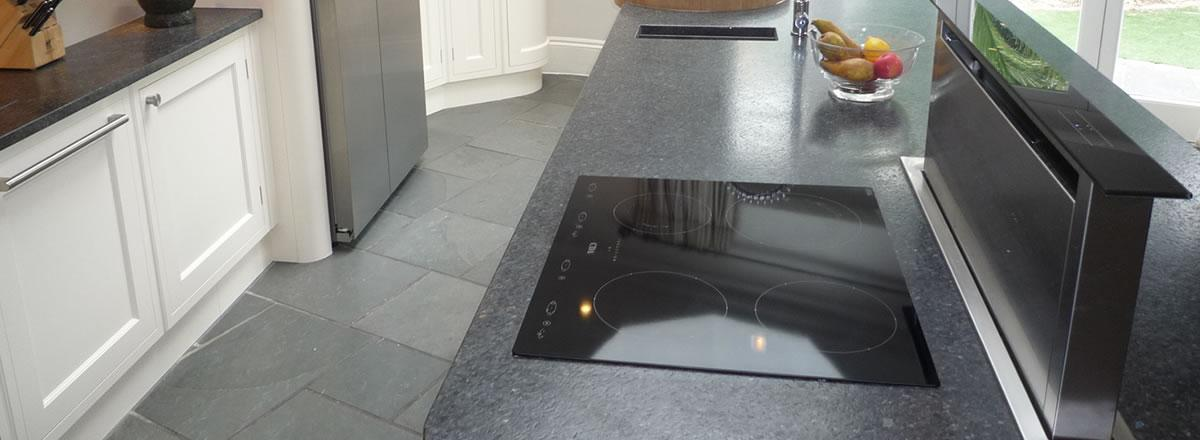 expert hob and extractor cleaning in Market Harborough